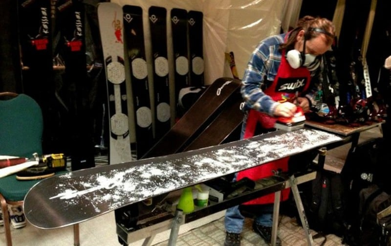 Reparo de pranchas de snowboard