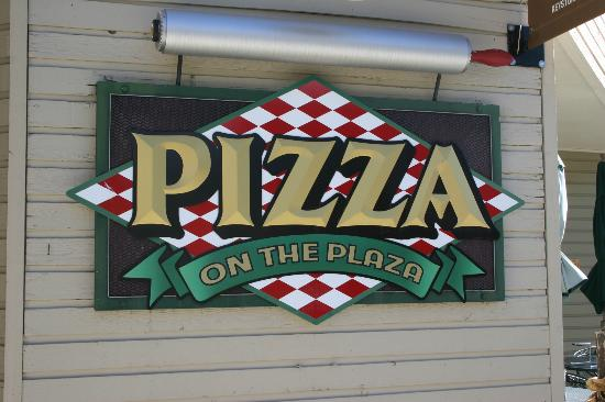 pizza-on-the-plaza
